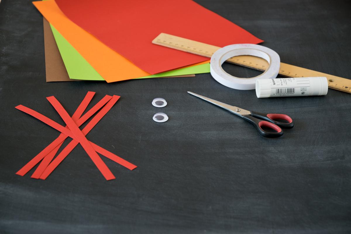 deko obst apfel basteln aus papier. Black Bedroom Furniture Sets. Home Design Ideas