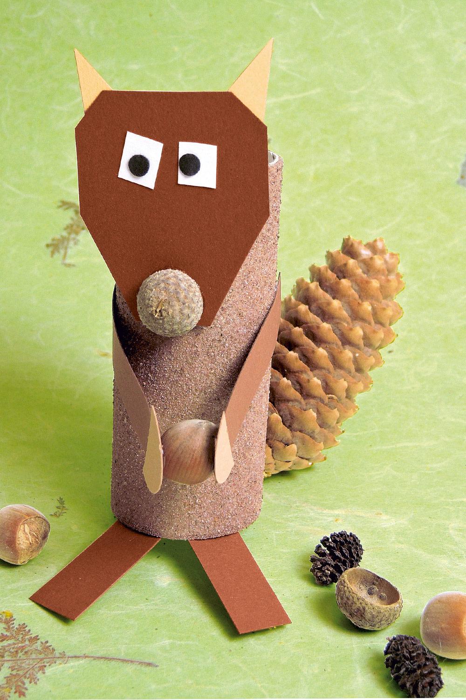 Eichhörnchen Basteln Mit Naturmaterial - Familie.de Basteln Mit Naturmaterial