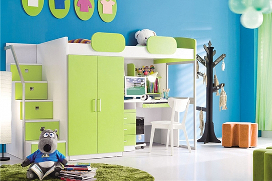 kinderzimmer mit hochbett kinderzimmer mit hochbett. Black Bedroom Furniture Sets. Home Design Ideas