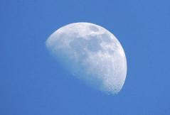 Astro-Wissen: Der Mond und seine Phasen
