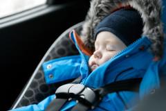 Winterjacke im Auto