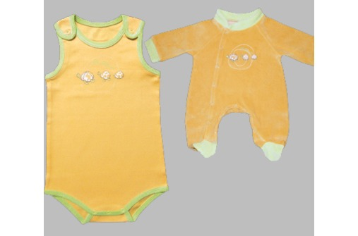Baby-Body und Baby-Strampler