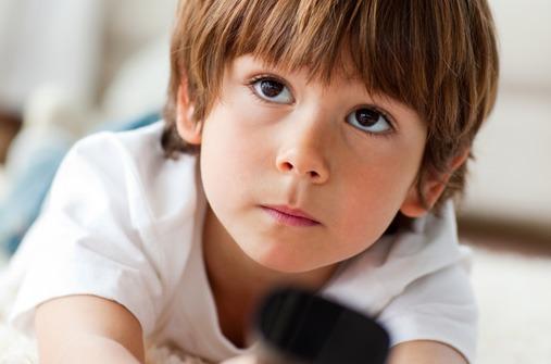 Kinder und Fernsehen: Was tun, wenn die Kinder nicht ausschalten wollen?
