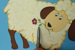Süße Oster-Freunde basteln: 4. Schaf basteln