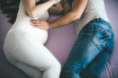 Ungeborenes erkennt, wer den Bauch streichelt