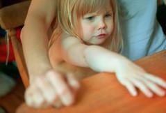 Eltern sein ist anstrengender als ein Vollzeit-Job