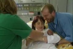 Die erste Untersuchung nach der Geburt