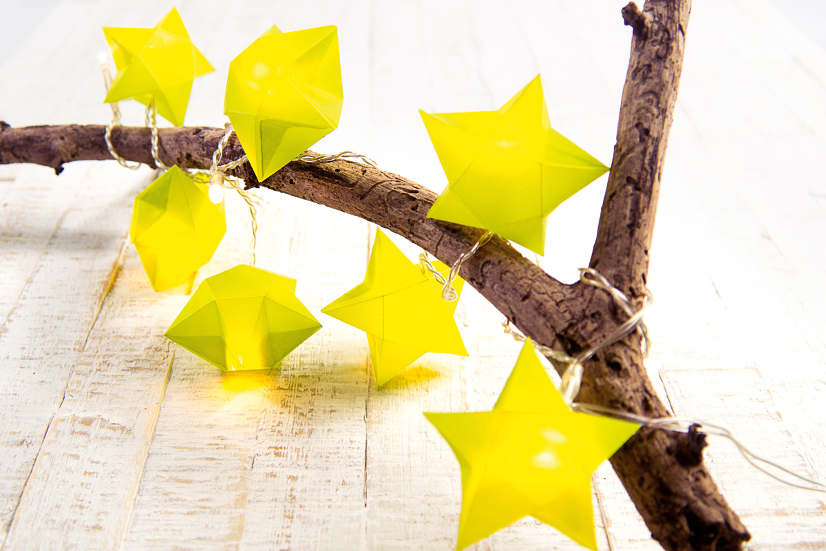 Sterne Basteln Fur Eine Weihnachtliche Lichterkette Familie De
