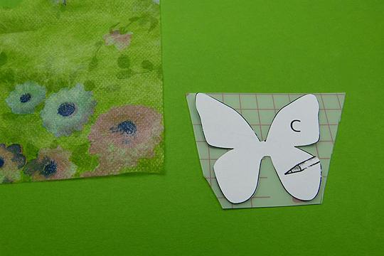 Blumenfee aus Wäscheklammer basteln Schritt 4: Die Flügel