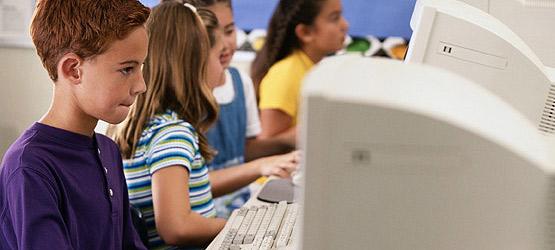 Kinder fit machen fürs Internet