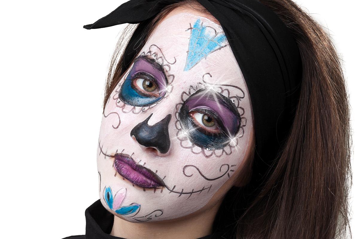 Mexikanische totenmaske f r den tag der toten schminken - Mexikanische totenmaske name ...