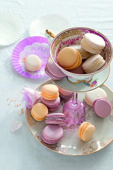 Rezept: Bunte Macarons mit feiner Buttercreme