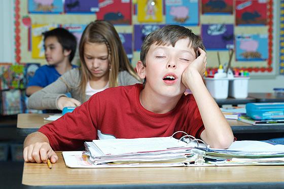 Unkonzentrierter Schüler: wenn Schulnoten Kindern egal sind