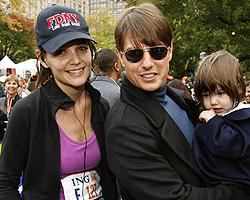 Katie Holmes, Suri Holmes, Tom Cruise