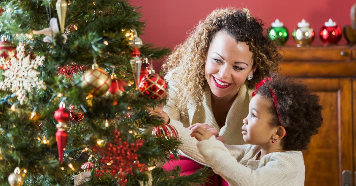 Weihnachtsbaumschmuck basteln - Familie.de