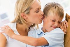 Warum alle Eltern peinlich sind