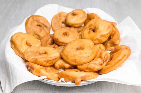 Apfelküchle backen - einfaches Rezept