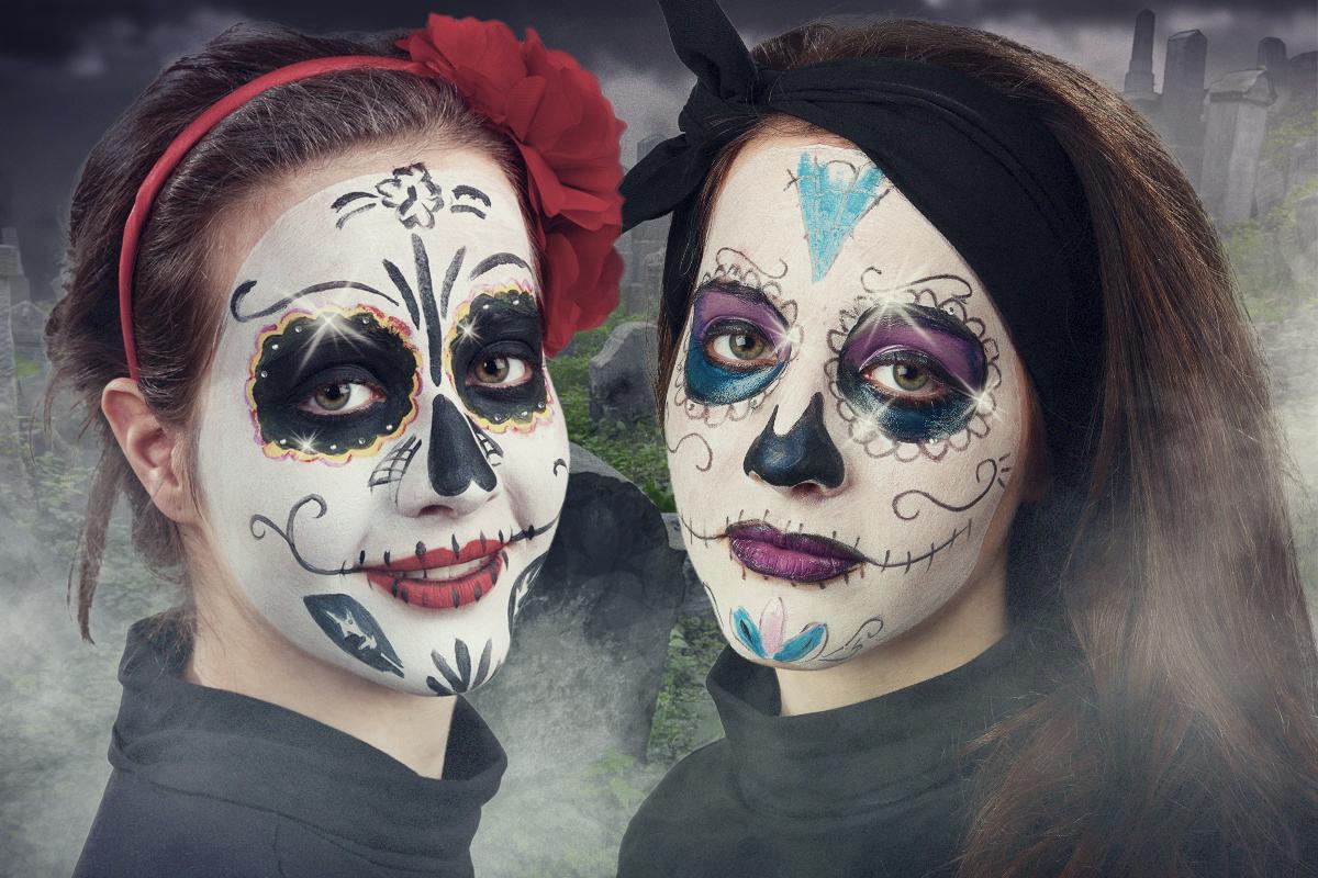 Mexikanische totenmaske f r den tag der toten schminken - Mexikanische totenmaske schminken ...