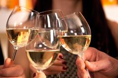 Stillen und Alkohol trinken?