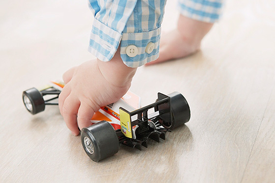 Babyspielzeug: Auto