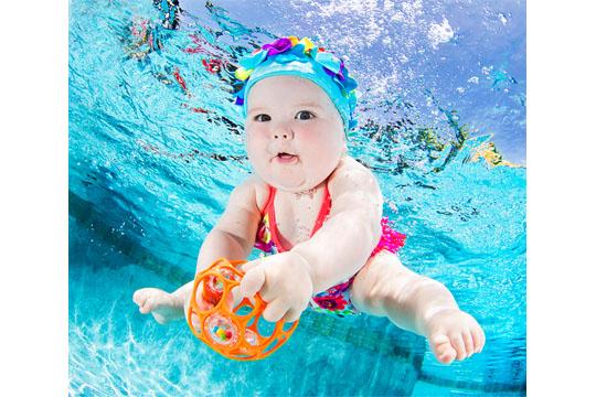 Babys unter Wasser: Valentina