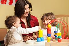 Richtige Kinderbetreuung für Ihr Baby finden