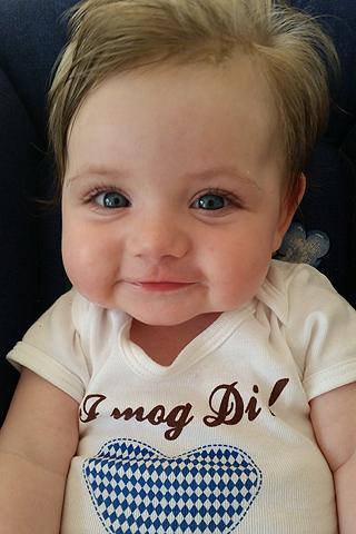 Babyfoto-Wettbewerb: 1. Platz im April 2014: Hannah