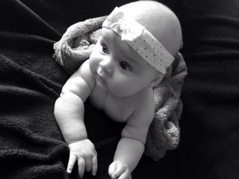 Babyfoto-Wettbewerb: 5. Platz im Mai: Maya