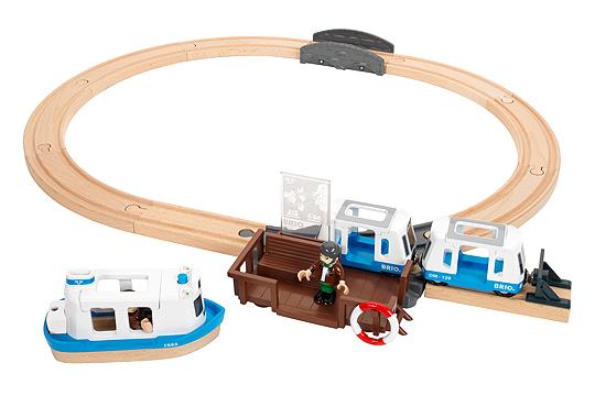 3. Preis: Passagierfähre-Set von BRIO
