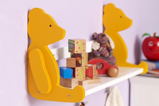 Bären-Board: Bücherregal selber bauen