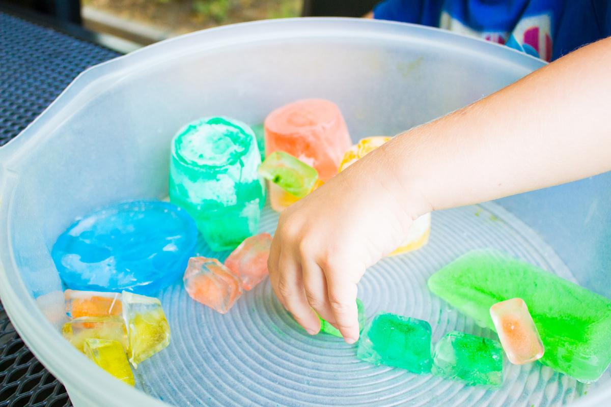 Bunte Eiswürfel = riesiger Sommerspielspaß!