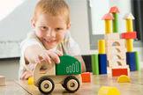 Ist Spielzeug aus Holz grundsätzlich besser als aus Plastik?
