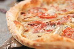 Apfel-Schinken-Pizza