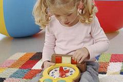 Das sollte das Kind zur Einschulung können: Sich alleine beschäftigen