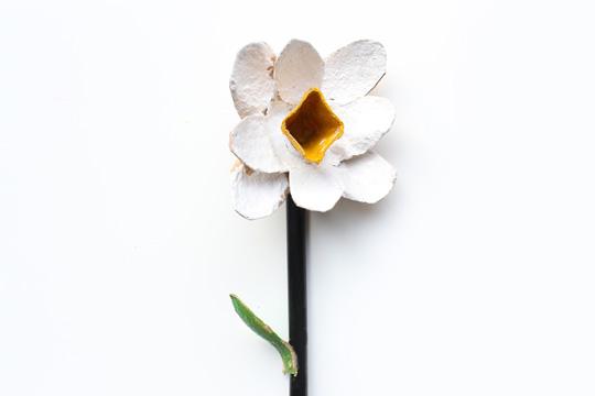 Blume aus Eierkarton