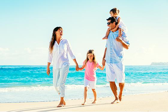 Fenistil Gel - Familie am Strand