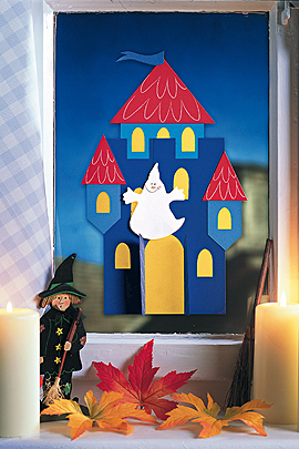 Halloween basteln: Geisterschloß aus Papier