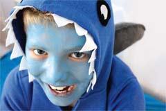 Einfaches Hai-Kostüm zum Selbermachen