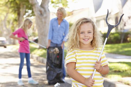 Tipps für Aktivitäten mit Kindern: Gutes Tun