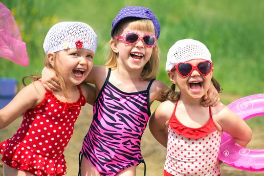 Pool-Party zum Kindergeburtstag
