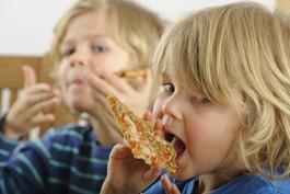 Kindergeburtstagsessen: Pizza geht immer