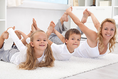 Kinderyoga bringt Entspannung und fördert die Körperbeherrschung