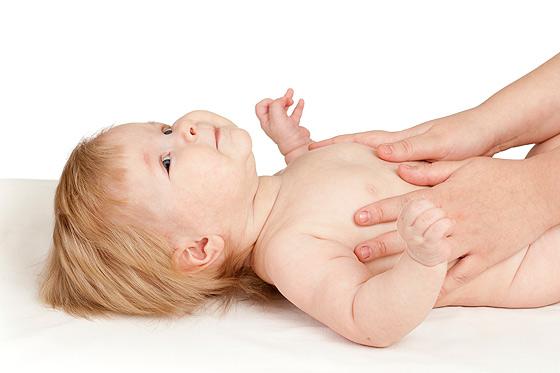 Massagen machen Babys glücklich