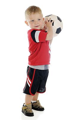 Motorik-Entwicklung: Ball werfen und fangen