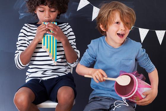 Musikinstrumente mit Kindern basteln