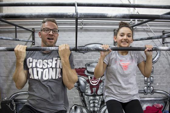 Phil Greifenberg und Lola bei Crossfit