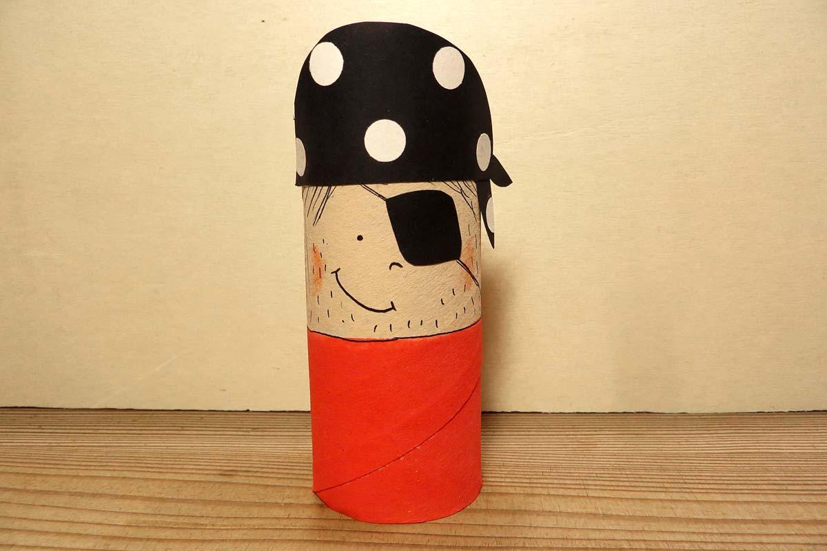 Piraten Basteln Captain Klopapier Und Matrose Matty Familie De