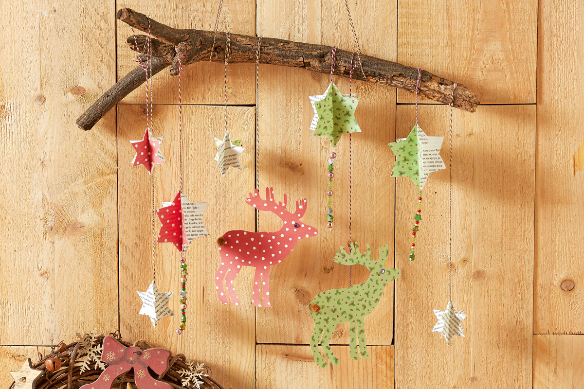Papier Adventsdekjo mit Sternen und Rentieren