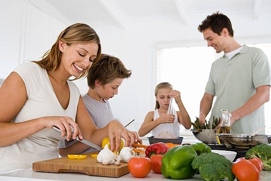 Rituale für Kinder: Gemeinsam kochen