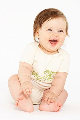 Sprechen lernen: Kleines Mädchen